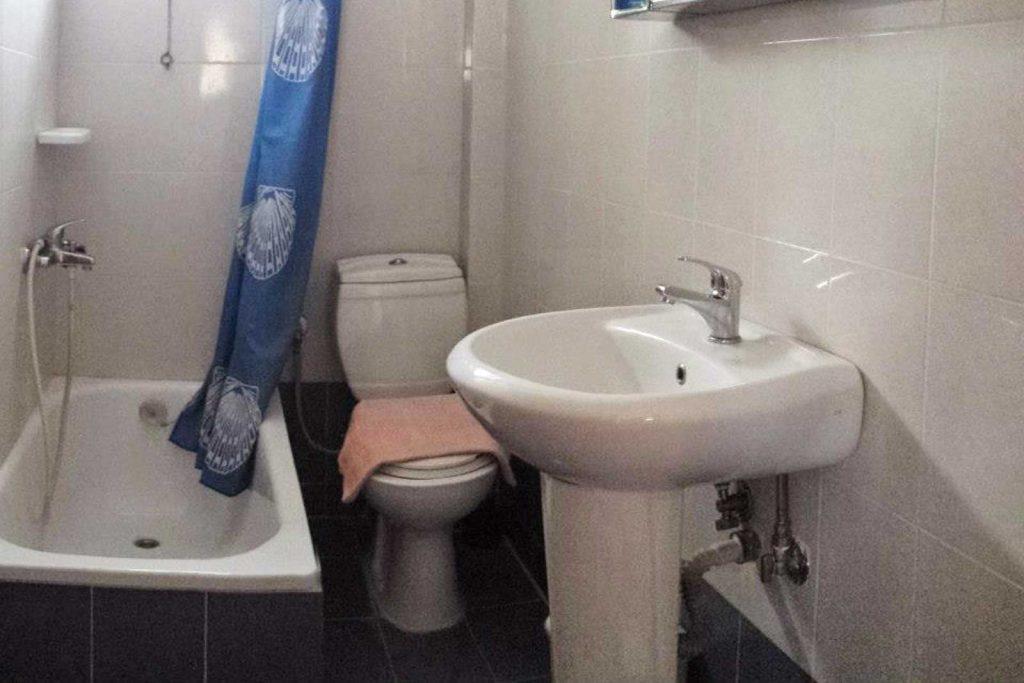 Helena's Apartments-Superior bathroom
