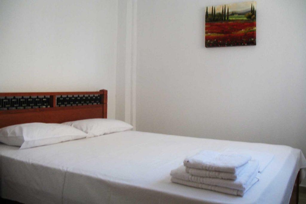 Helena's Apartments - Studio bedroom