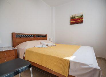Helena's-Apartments-Studio-Bedroom